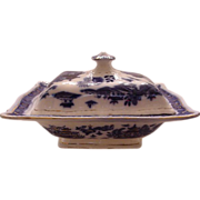 Blue Willow Covered Vegetable Dish
