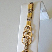 Unusual Vintage Rhinestone Link Bracelet