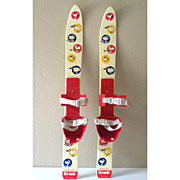 SALE 1970's Trak Childrens' Skis With Snoopy Germany