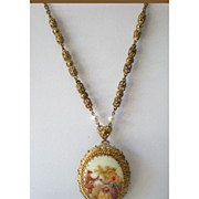 Lovely Vintage Necklace  Pendant w/ Courting Couple