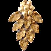 "Vintage Dress Clip Fur Clip ""Pearls"" Grape Cluster"