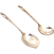 """(2) Vintage Silver Plated Serving Spoons """"Wm Rogers.... IS"""""""