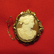 SALE Vic. Carved Cameo Brooch of Classical Female, 1890-1900