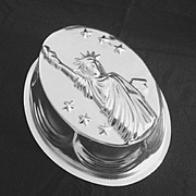 SOLD Unusual Vintage Patriotic Aluminum 10 cup Food Mold with Statue of Liberty