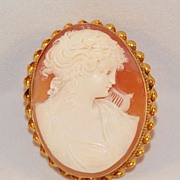 Victorian 10K Gold High Relief Shell Cameo Pin/Pendant