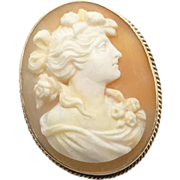 REDUCED Vintage 10K Gold High Relief Carved Shell Cameo Pin Brooch