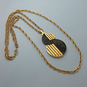 REDUCED Vintage Trifari Mod Bakelite Necklace Spinach Green