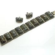 Vintage 1940s Mexican Green Stone Sterling Silver Bracelet Screw Back Earrings Set