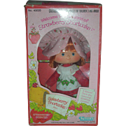 NRFB Vintage Original Kenner Strawberry Shortcake Doll in Box