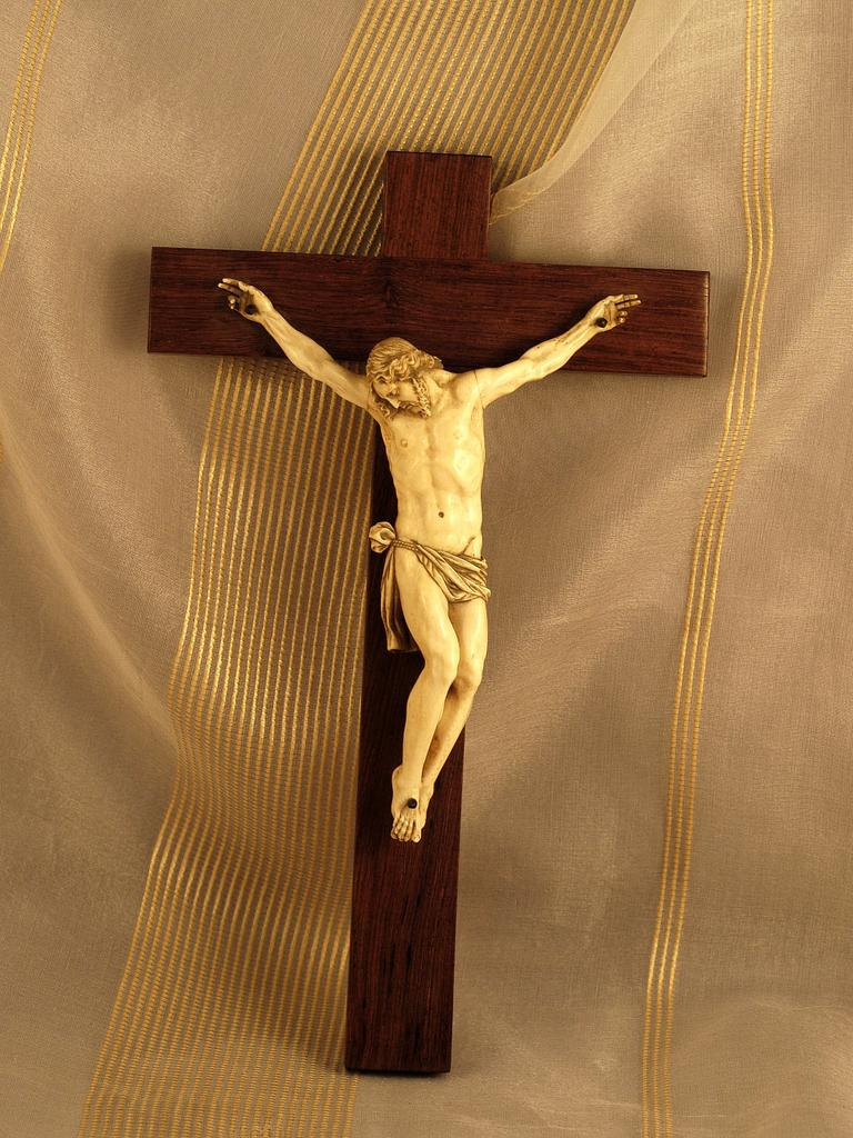 Antique French Dieppe Ivory Amp Wood Crucifix 17th 18th