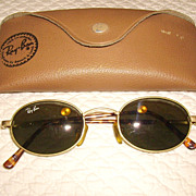 SOLD Vintage Ray Ban Arista Sunglasses In Original Case
