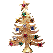 Signed Eisenberg Ice Rhinestone Christmas Tree Pin