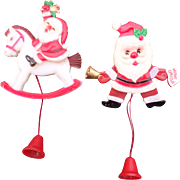 SALE Fun Plastic Pull String Christmas Santa Pin Set
