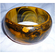 Dramatic Black and Caramel Swirl Very Chunky Bakelite Bangle Bracelet
