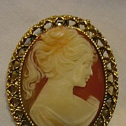 SALE Lovely Lady Large Resin Cameo Brooch Repousse Frame