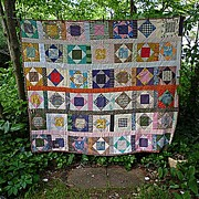 SALE This and That Pattern Vintage Patchwork Quilt
