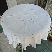 SOLD Large Victorian Openwork Embroidered Wreaths Bows White Linen Round