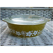 Crazy Daisy Pyrex Cinderella Casserole Dish with Lid 471-B