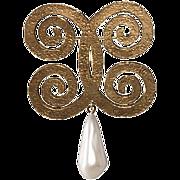 Chanel 1970s Faux-Pearl Dangle Brooch Pin