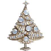 Hollycraft White Opalescent Rhinestone Christmas Tree Pin Brooch