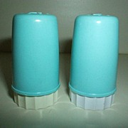 Retro 1950's Small Plastic Shakers