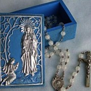 1950's  Vintage Catholic Glass Rosary with Our Lady of  Lourdes  Box