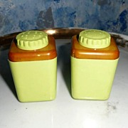 STERILITE Green Chartreuse Plastic Set of Shakers