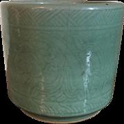 Large Antique 19th century Chinese Monochrome Celadon Porcelain Brush Pot or Jardiniere Plante