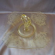 Yellow Paden City Glass Center Handled Sandwich Server