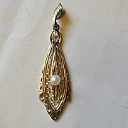 14k Yellow Gold and Pearl Lavalier
