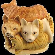 Harmony Kingdom Cats Rather Large Friends Treasure Jest Box