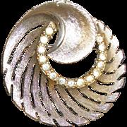 Vintage Rhinestones Circle In A Swirl Pin/Brooch