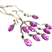 Vintage Lucite Swing Pendant Necklace and Earrings Set