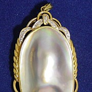 14k/585 Gold Mother of Pearl & Diamond Conchoidal Large Pendant Marked FK