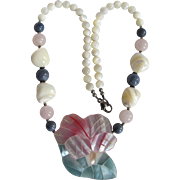 SALE Vintage Unsigned Lee Sands Flower Design Inlaid MOP on Horn/Blue Sponge/Rose Quartz Beads