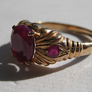 Stunning Natural Ruby 18k Ring Size 8 Yellow Gold Very High Quality 1970's