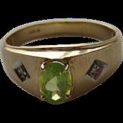 Vintage 10k Yellow Gold Oval Green Peridot Diamond Ring Size 9