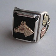 Vintage 10k Rose Gold Sterling Black Hills Gold Horse Onyx Ring Size 9.5