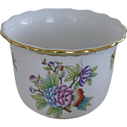Herend Hungary Painted Porcelain Cache Pot Queen Victoria