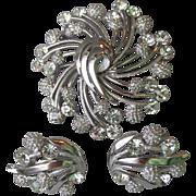 Vintage Crown TRIFARI Rhinestone & Textured Silver Tone Pin & Earrings Set