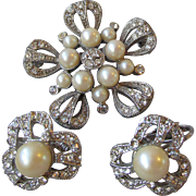 Unsigned CINER Rhinestone & Faux Pearl Flower Pin & Earrings Set, Vintage Demi Parure