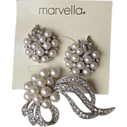 Pretty Marvella Rhinestone & Faux Pearl Pin & Earrings Set, PROM or Wedding, Mint on .