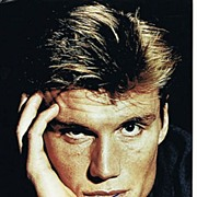 Dolph Lundgren Autograph on 8 x 12 Photo. CoA