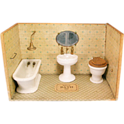 """REDUCED Dolly's Bath Room from the Atlanta Toy Museum Early 1900s Large 1"""" Scale"""