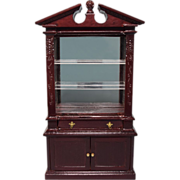 """Dollhouse Miniature Colonial Revival Display Cabinet by Bespaq Late 1980s 1"""" Scale"""
