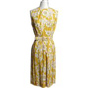 SALE Circa 1960s Gold and Cream Paisley Rockabilly Dress