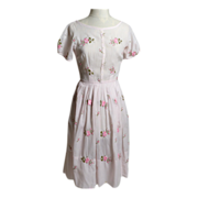 SALE Circa 1950s Jeanne D'Arc CottonEmbroidered Day Dress