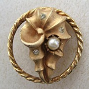 Coro Goldtone Faux Pearl and Rhinestone Brooch/Pin