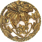 Brass Circular Lily Brooch/Pin