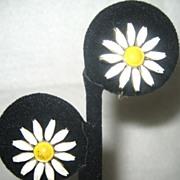 SALE Gold Tone Enamel Daisy Earrings